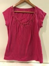 Banana Republic Crochet Neckline Cap Sleeve Top Womens Size M Medium Pink - $13.95