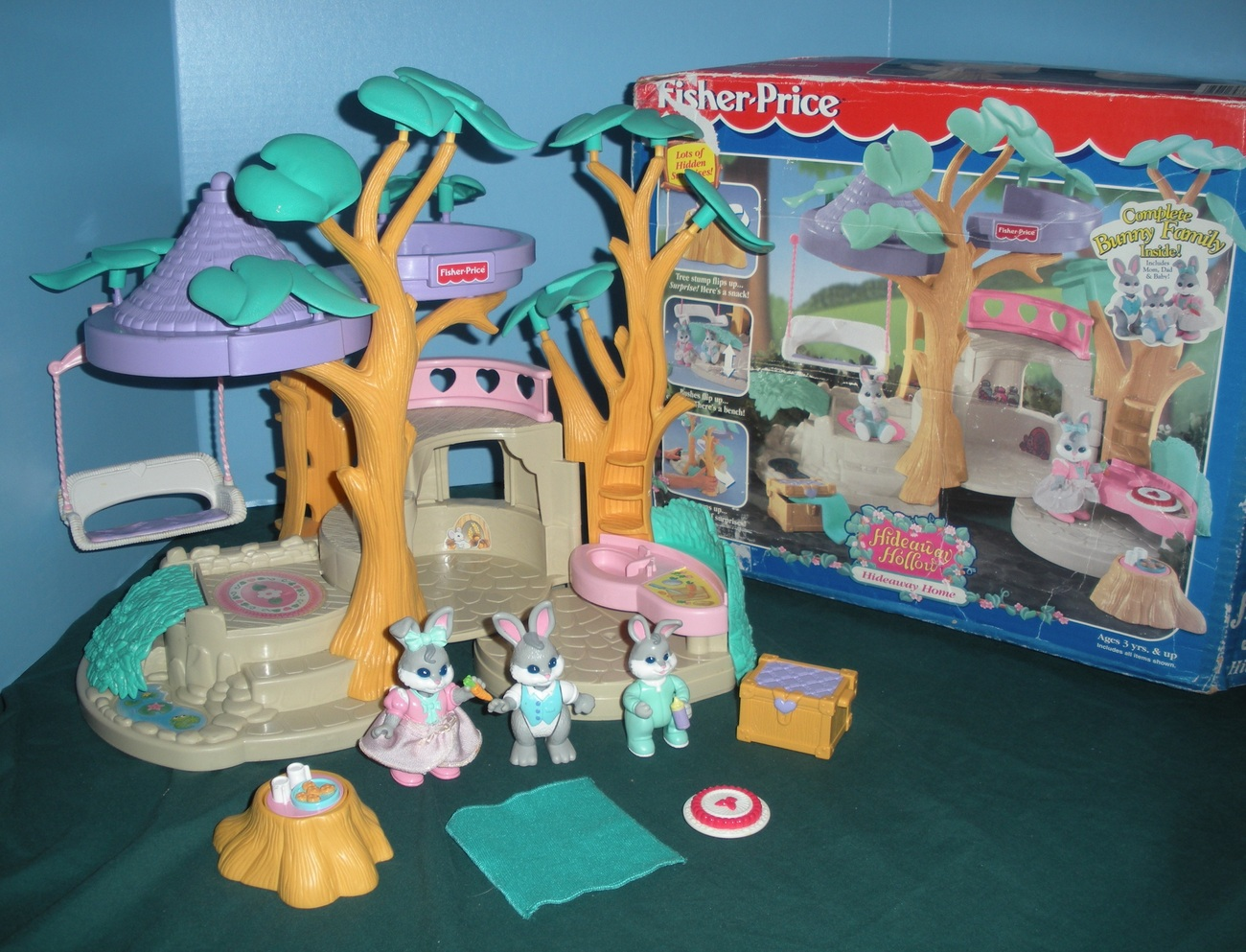 Vintage Fisher Price #74733 Hideaway Hollow Bunny Home Play Set COMPLETE w/BOX!