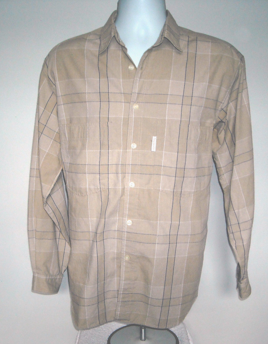 Primary image for Mens Levis Silver Label Button Front Tan Plaid Shirt Medium Poly Cotton Blend