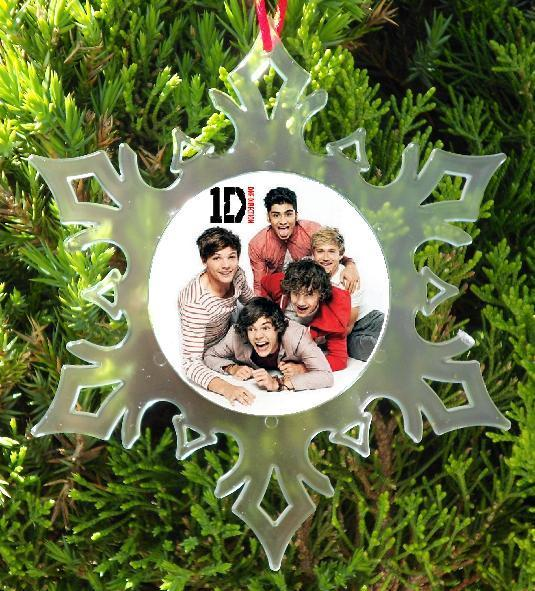 ONE DIRECTION CHRISTMAS ORNAMENT -  X-MAS -  1 DIRECTION