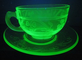 Hazel Atlas 4 Cups & Saucers, Cloverleaf, 8 Pieces, c. 1930-36 Green Dep... - $28.00