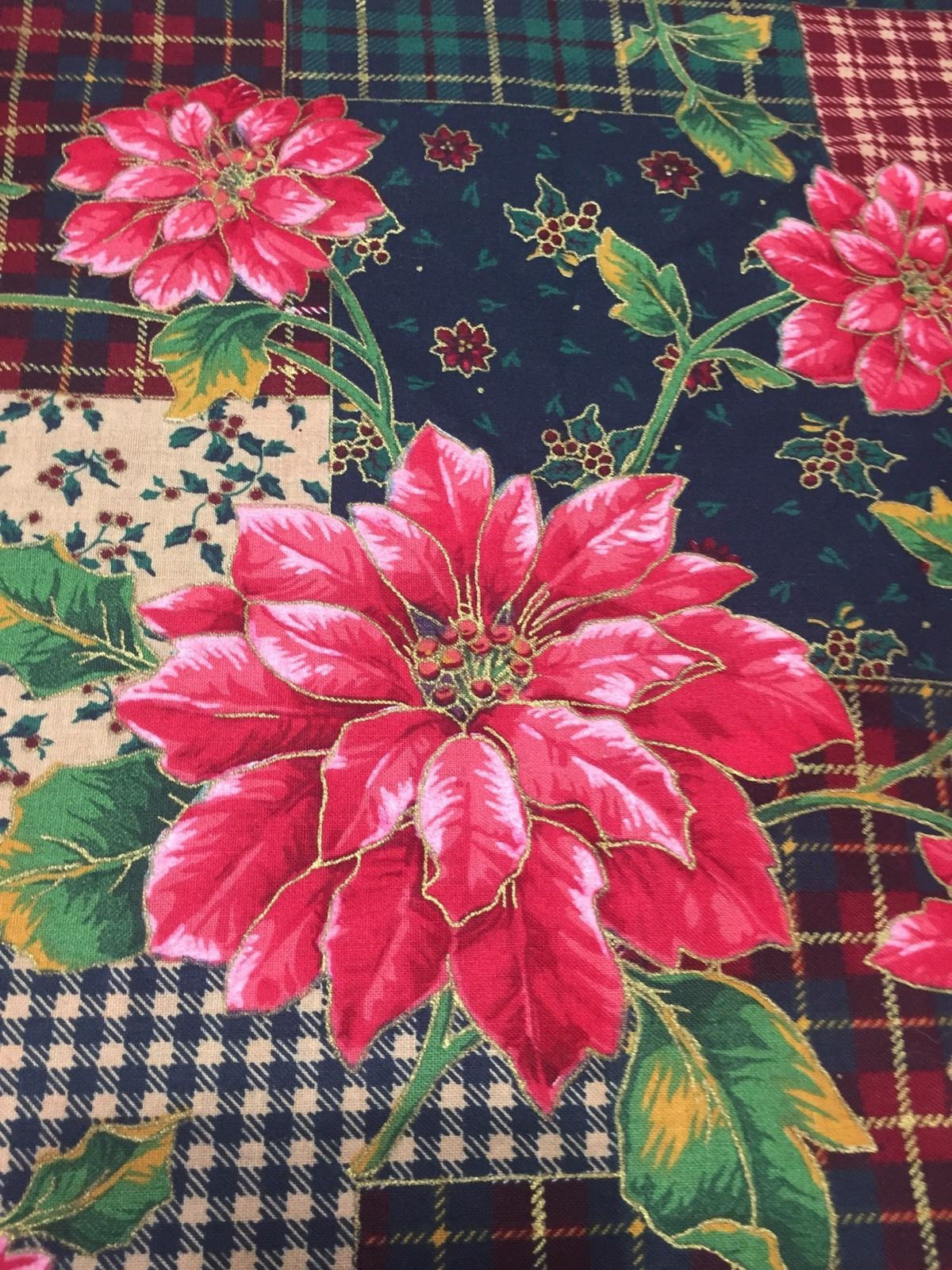 Red Poinsettia Cotton Fabric Patchwork Plaid Check Background Quilt Sew OOP 1 Yd
