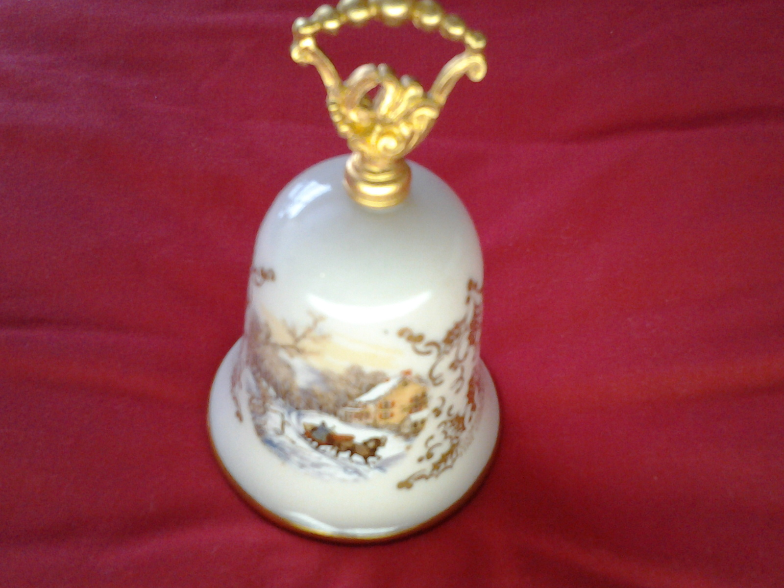 Gorham Currier & Ives Christmas Bell Noel 1977 Gold Holly Victorian Scene