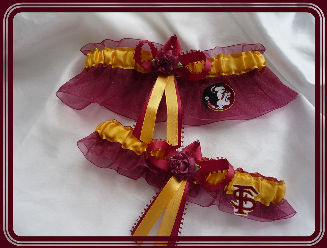 Primary image for Florida State Seminoles Garnet Organza Flower Wedding Garter Set
