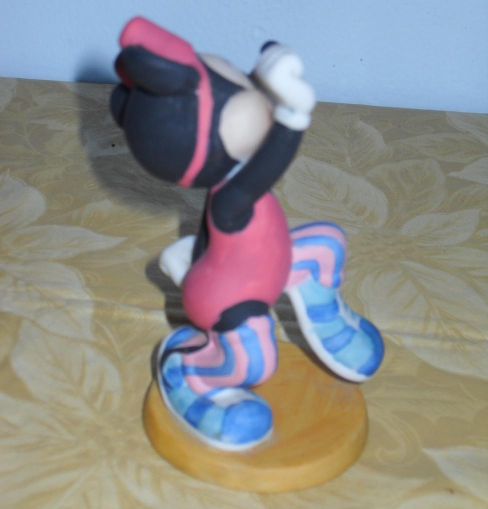 Disney Minnie Mouse Skipping Figurine