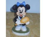 Pinoccio statue 013 thumb155 crop