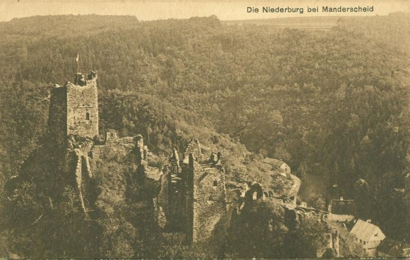 Germany Die Niederburg bei Manderscheid old unused Postcard
