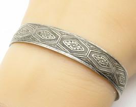 BB 925 Silver - Vintage Floral Etched Pattern Petite Cuff Bracelet - B5231 - $43.57