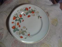 Avon AVO2 1 set of 6 salad plates - $19.70