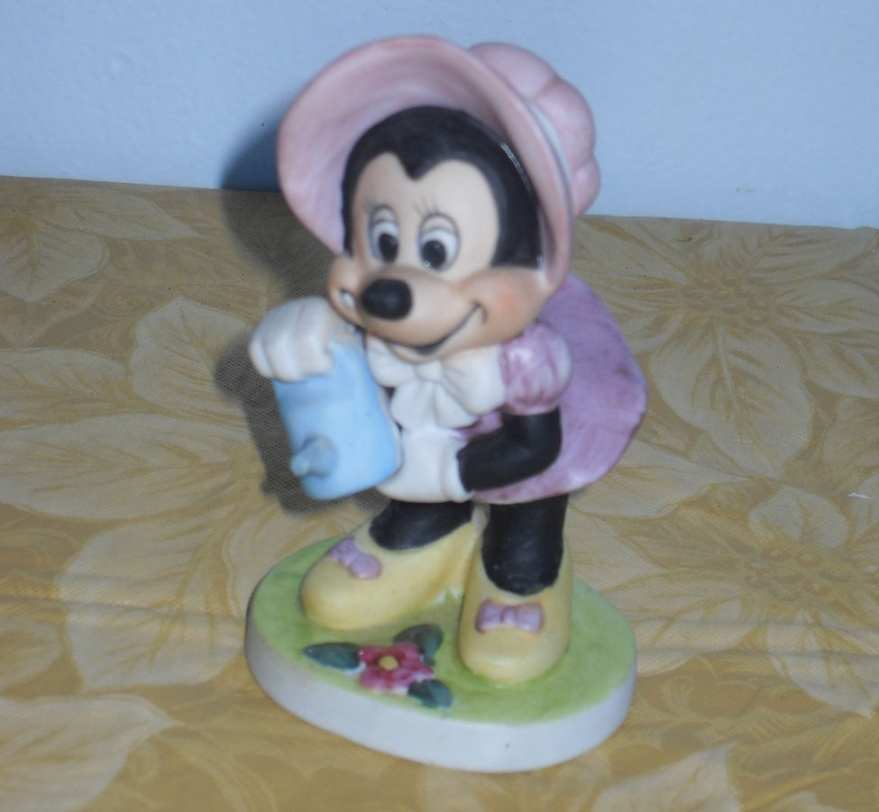 Disney Minnie Mouse Watering Can Spring Figurine