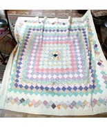 Beautiful Vintage Hand made Quilt - $75.00