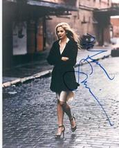 Mira Sorvino Signed Autographed Glossy 8x10 Photo - $29.99