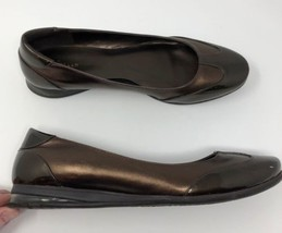Cole Hann Flats US 9 Womens Brown Bronze Leather Shoes Slip On - $19.28
