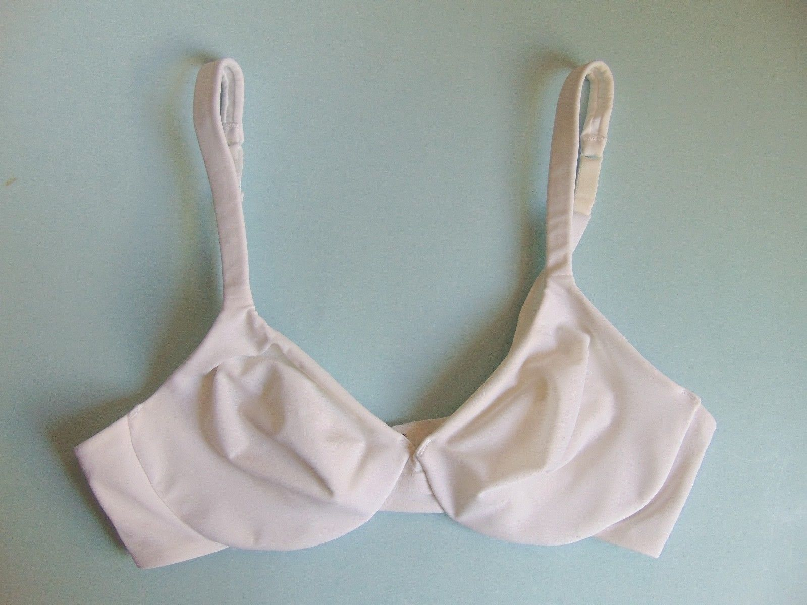 Barely There Ladies No Wire Bra Size 34C and similar items