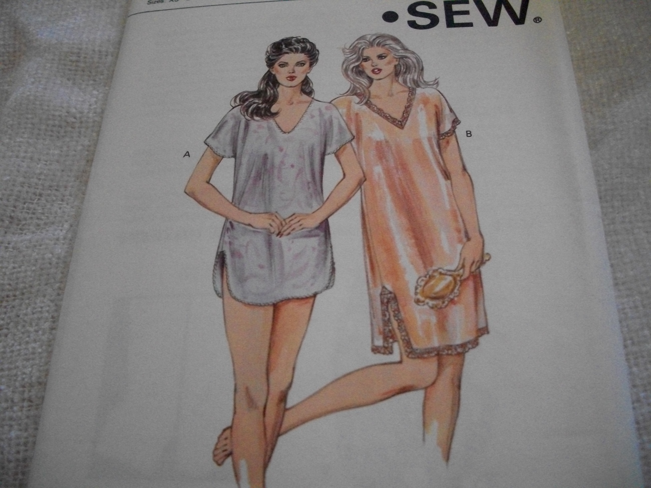 Primary image for Woman's Short or Above Knee Length Nightie Pattern Kwik Sew 1410