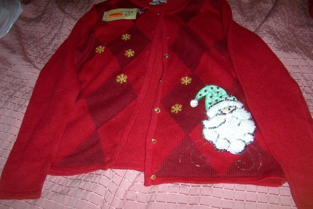 Classic Elements Christmas Santa Claus Sweater Ladies SZ M Snowflakes NEW Classic Elements