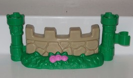 Fisher Price Current Little People Castle Fence Piece FPLP #3 - $3.00