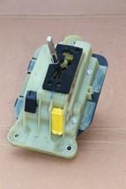 06 Mercedes R171 SLK280 Trans Floor Shift Shifter Selector A1712671324