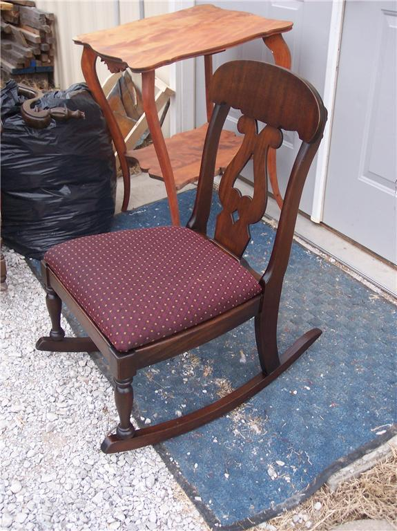 Empire Mahogany Sewing Rocker/Nursing Rocking Chair - Post-1950