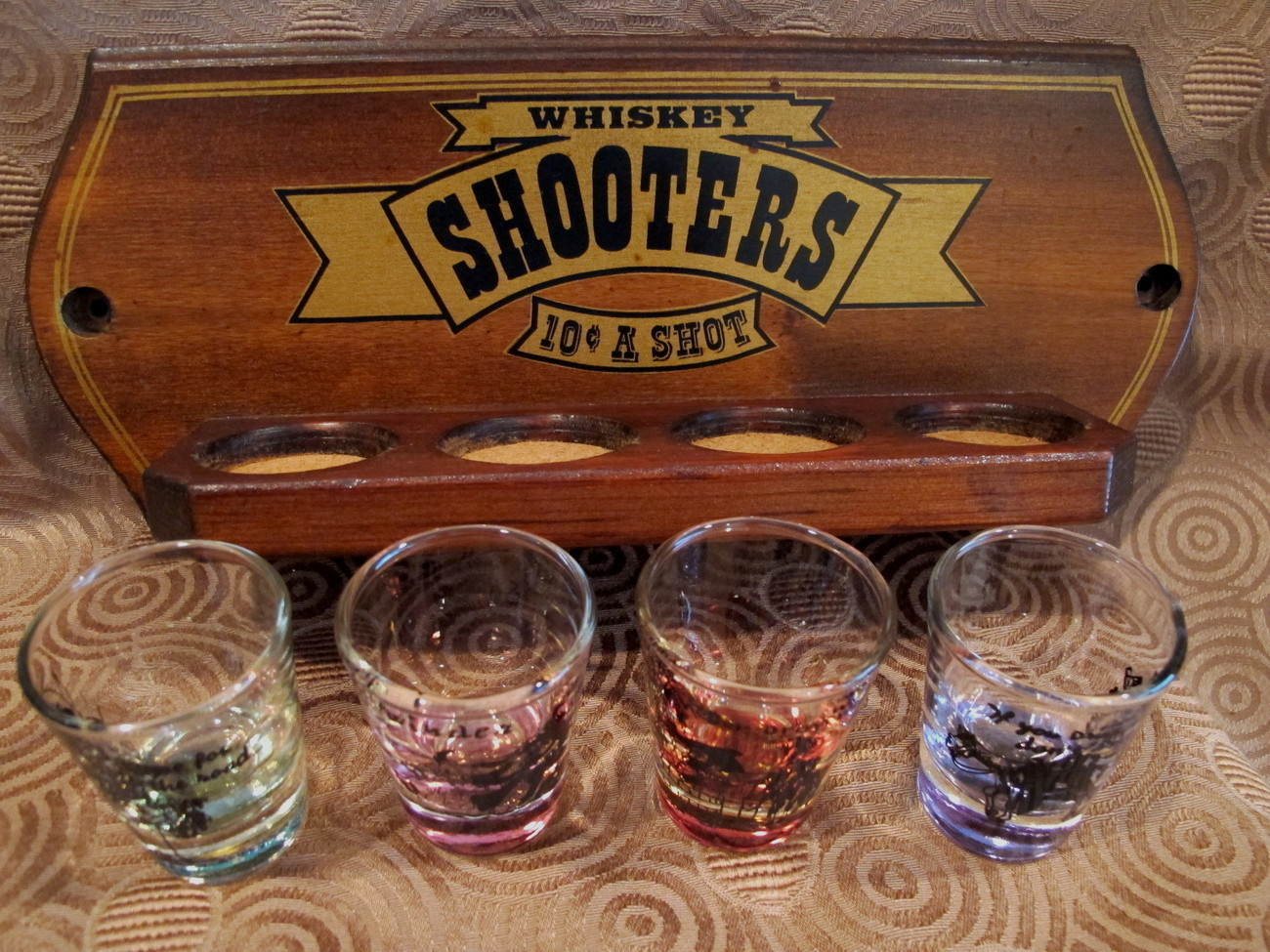Whiskey Whisky Shooters Shot Glass set of 4 Vintage Souvenir Collectible Stand