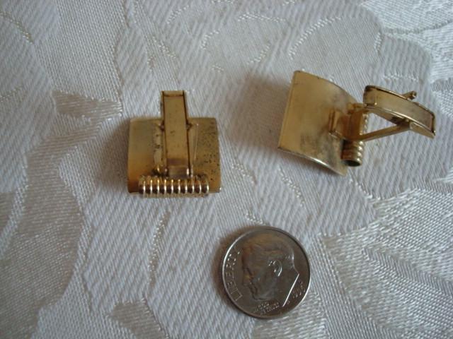 Vintage Gold-tone Cuff Links ~ Estate Find
