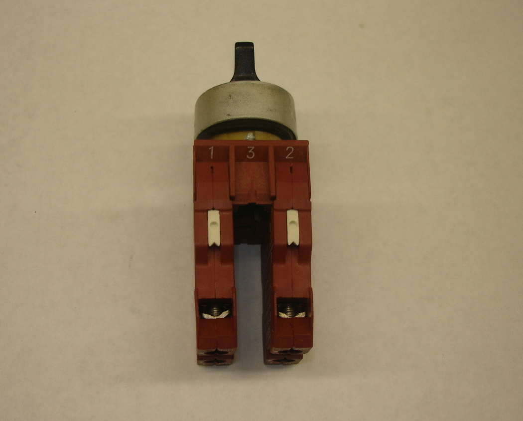 Siemens 3 Positions Lever Switch with 2 NO Contact Blocks 3SB1400-0B