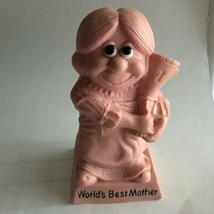 """""""World's Best Mother """" Vintage 1970 Wallace & Russ Berrie Co's Resin Fig... - $16.62"""