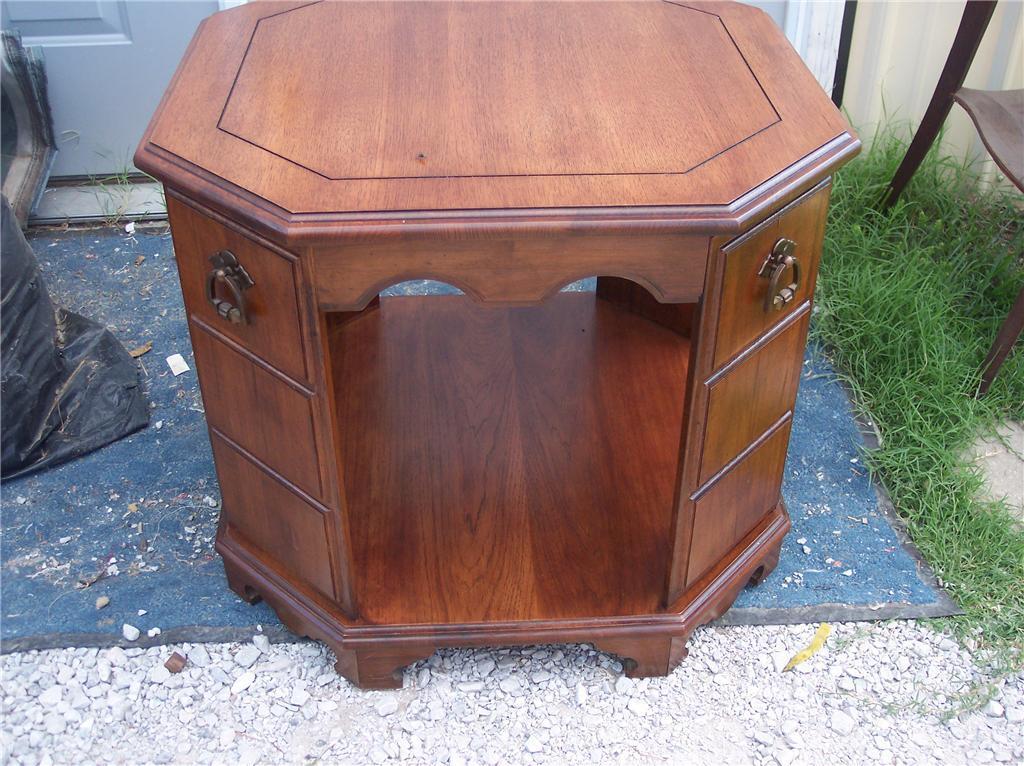 Mahogany End Table/Side Table