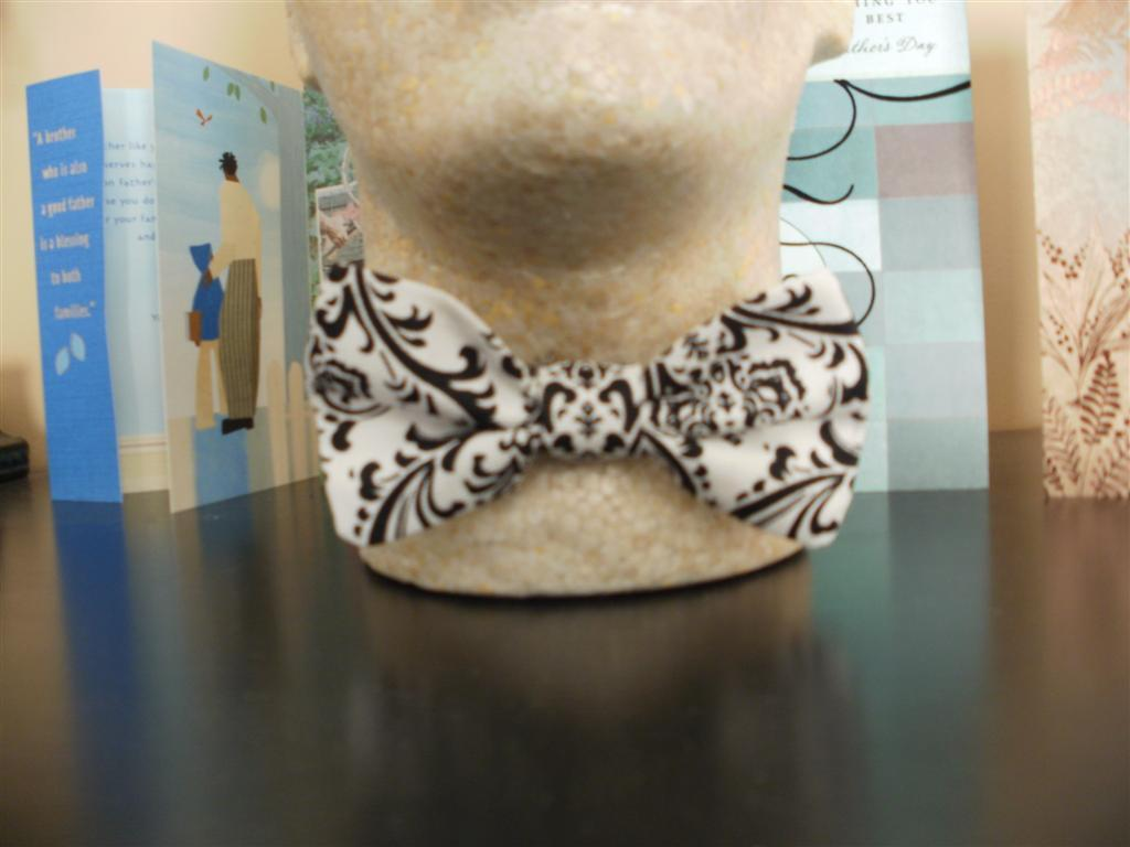DAMASK BOW TIE Cotton Men's Black and White BowTie Wedding Party Groom, Ushers