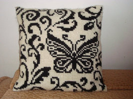 Handmade decorative pillow. Embroidered by a Cr... - $100.00