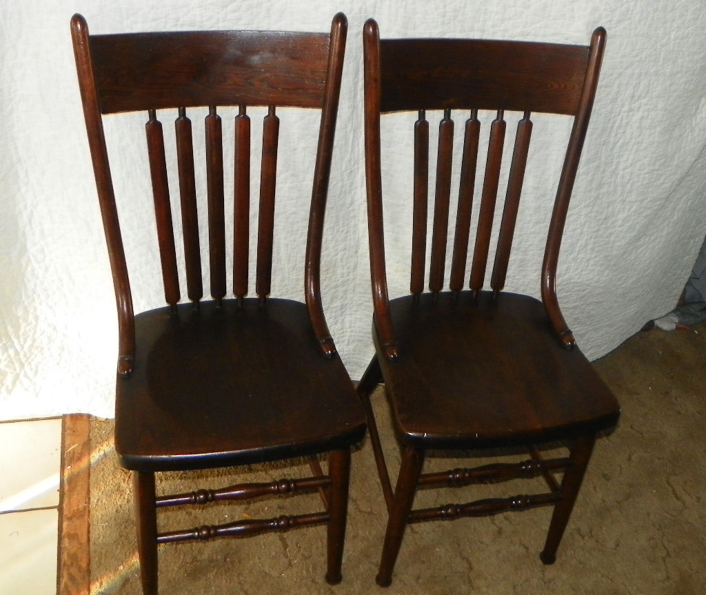 Pair of Elm Dinette Chairs Sidechairs