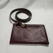 Vintage Skinny Agnes Belt And Small Zippered Bag - $14.95