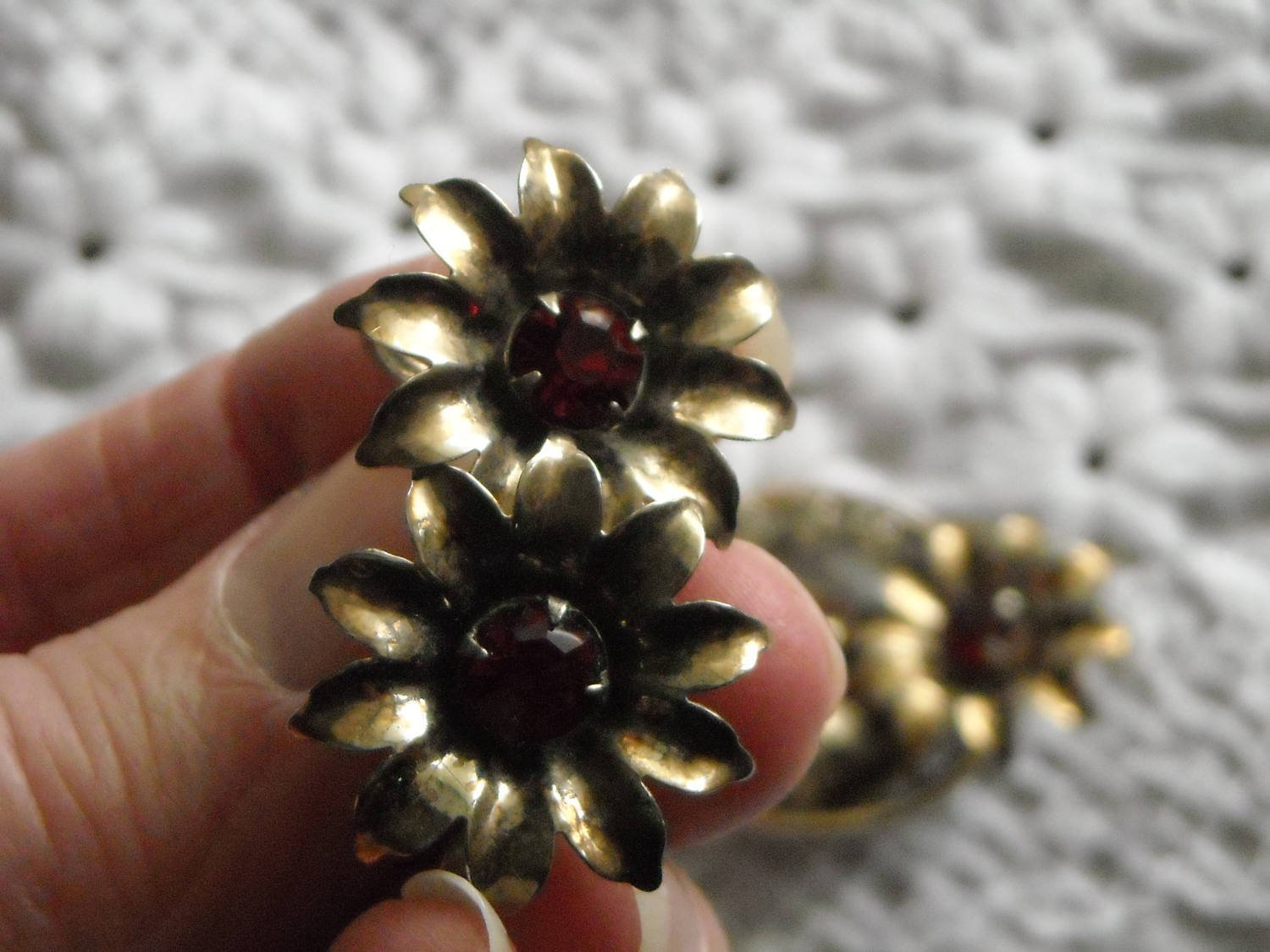 Vintage Gold Tone Flower Pendant Brooch & Matching Earrings Red & White Sets image 3