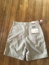 Mens Gap Khaki Shorts Stress Free Waist Size 30 - $12.87