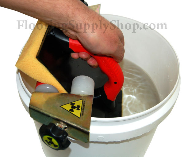 Wringmaster Grout clean-up System
