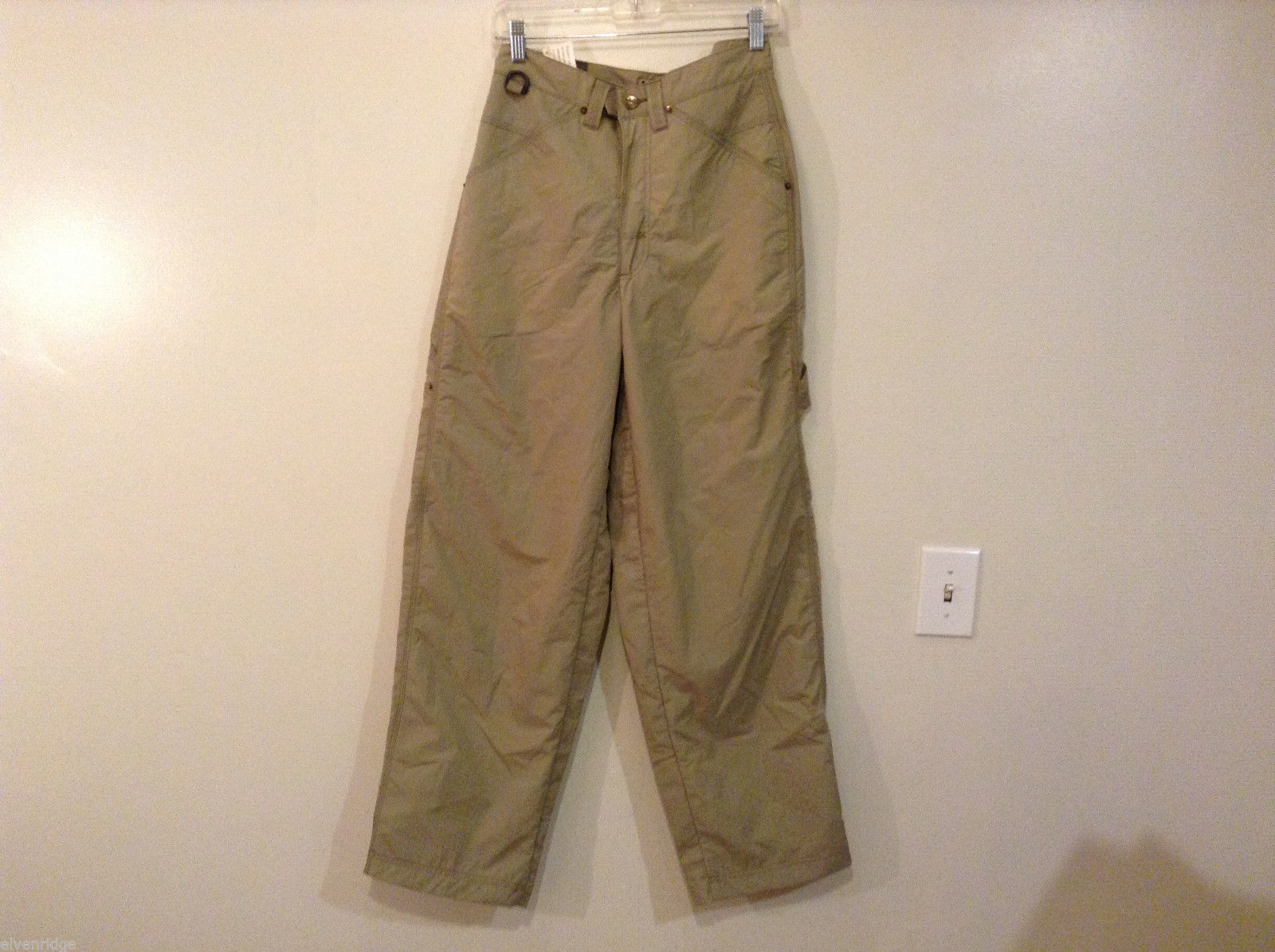 Mudd Water Resistant 100% nylon Olive Beige Sport Pants Fully Lined, size 29