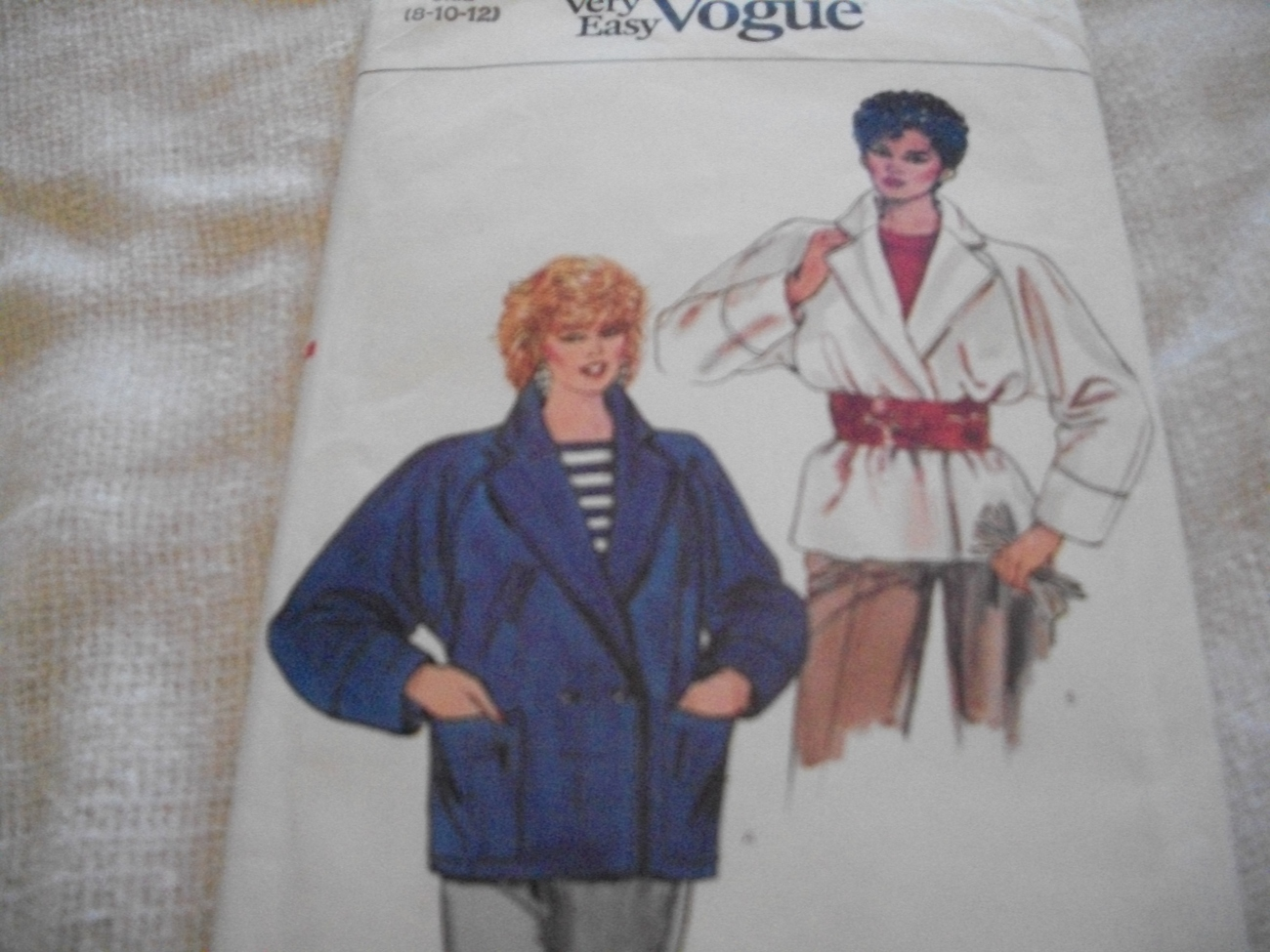 Primary image for Misses' Jacket Pattern Very Easy Vogue 8610
