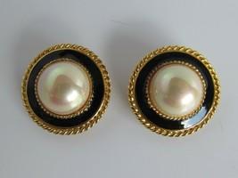 Vintage Large Black Gold Faux Pearl Clip On Earrings Enamel 52885 - $15.83