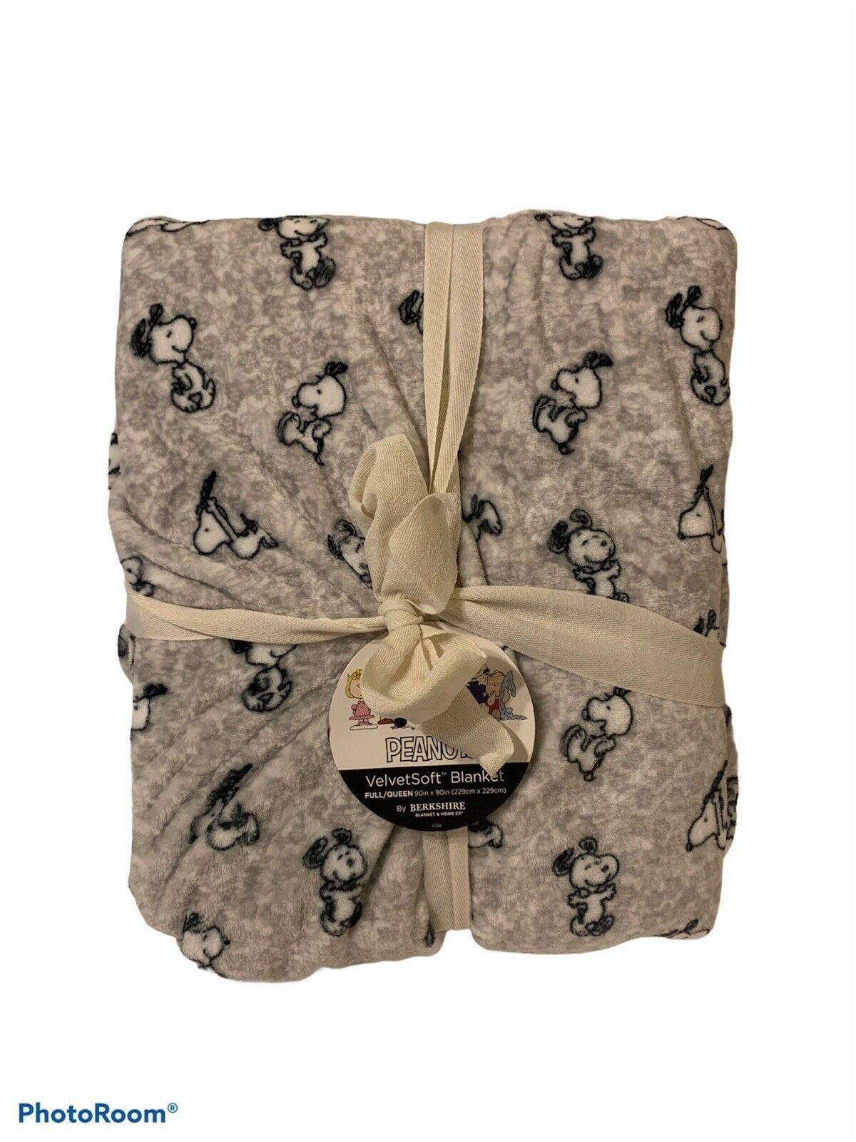 "NWT Berkshire Soft Full / Queen Blanket Peanuts Snoopy Happy Dance 90"" X 90"" - $56.98"