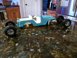 Vintage HUBLEY JEEP Toys Aqua Blue & White For Parts Only Damaged #1710 - $34.95
