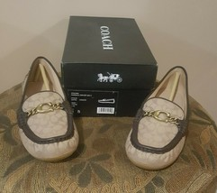 Pre-Owned Women's Coach Beige & Brown Loafers (8) - $59.40