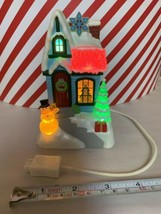 Hallmark Caroling Cottages Season's Greetings 2009 1st Music Lights Home... - $70.13