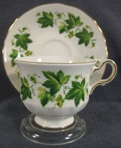 Queen Anne Green Ivy 8640 Tea Cup & Saucer Set English Bone China F678 - $34.95