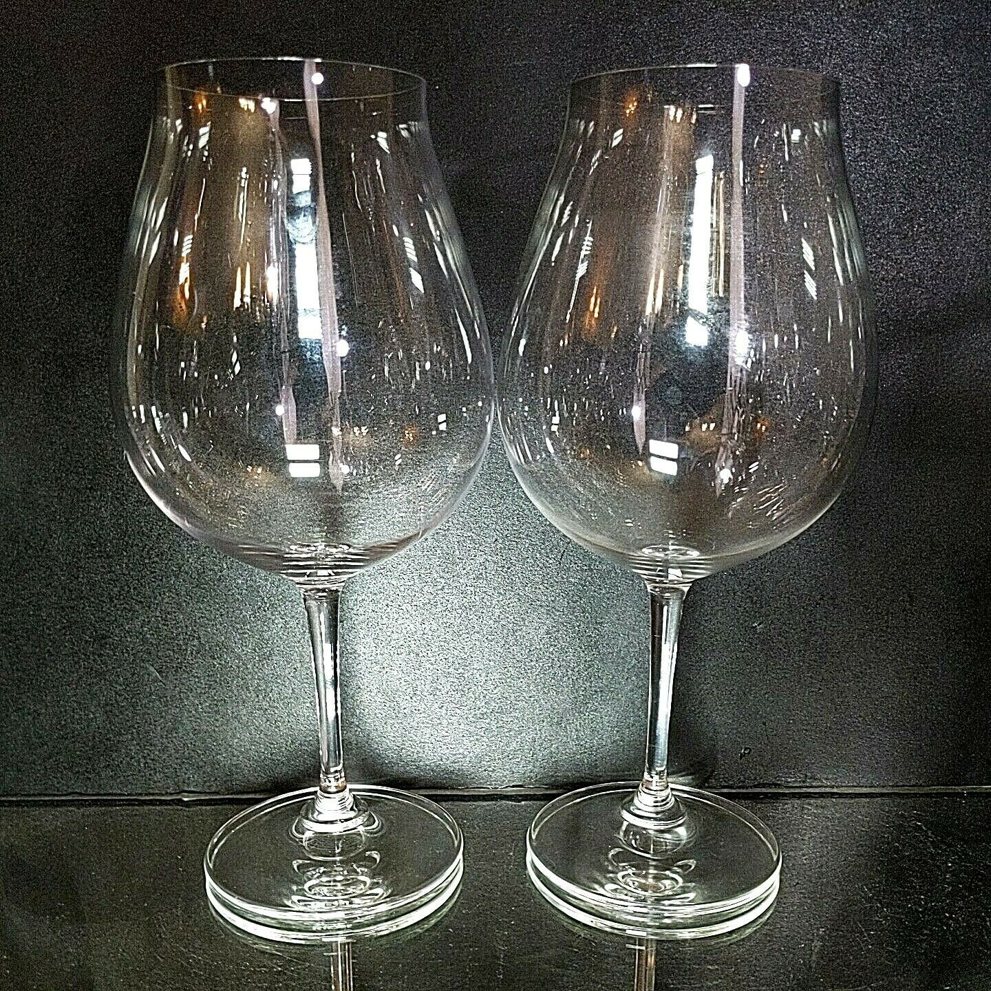 2 (Two) RIEDEL VINUM New World Pinot Noir Lead Free Crystal Wine Glasses -Signed
