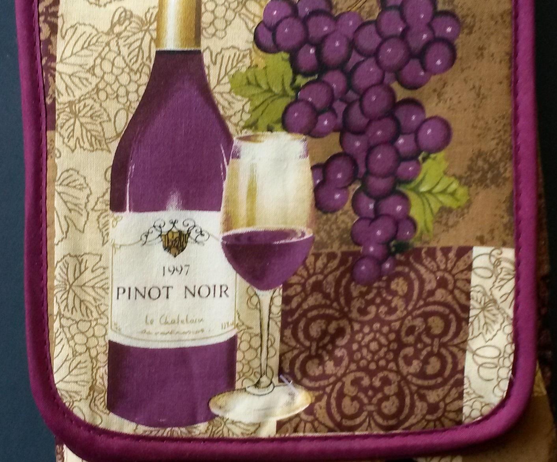 WINE KITCHEN SET 3-pc Towel Oven Mitt Potholder Purple Pinot Noir Grapes Design