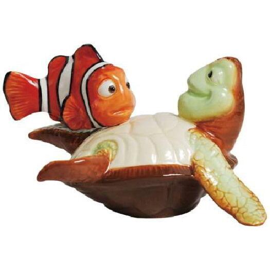 Disney's Finding Nemo, Nemo and Crush Ceramic Salt and Pepper Shakers Set UNUSED