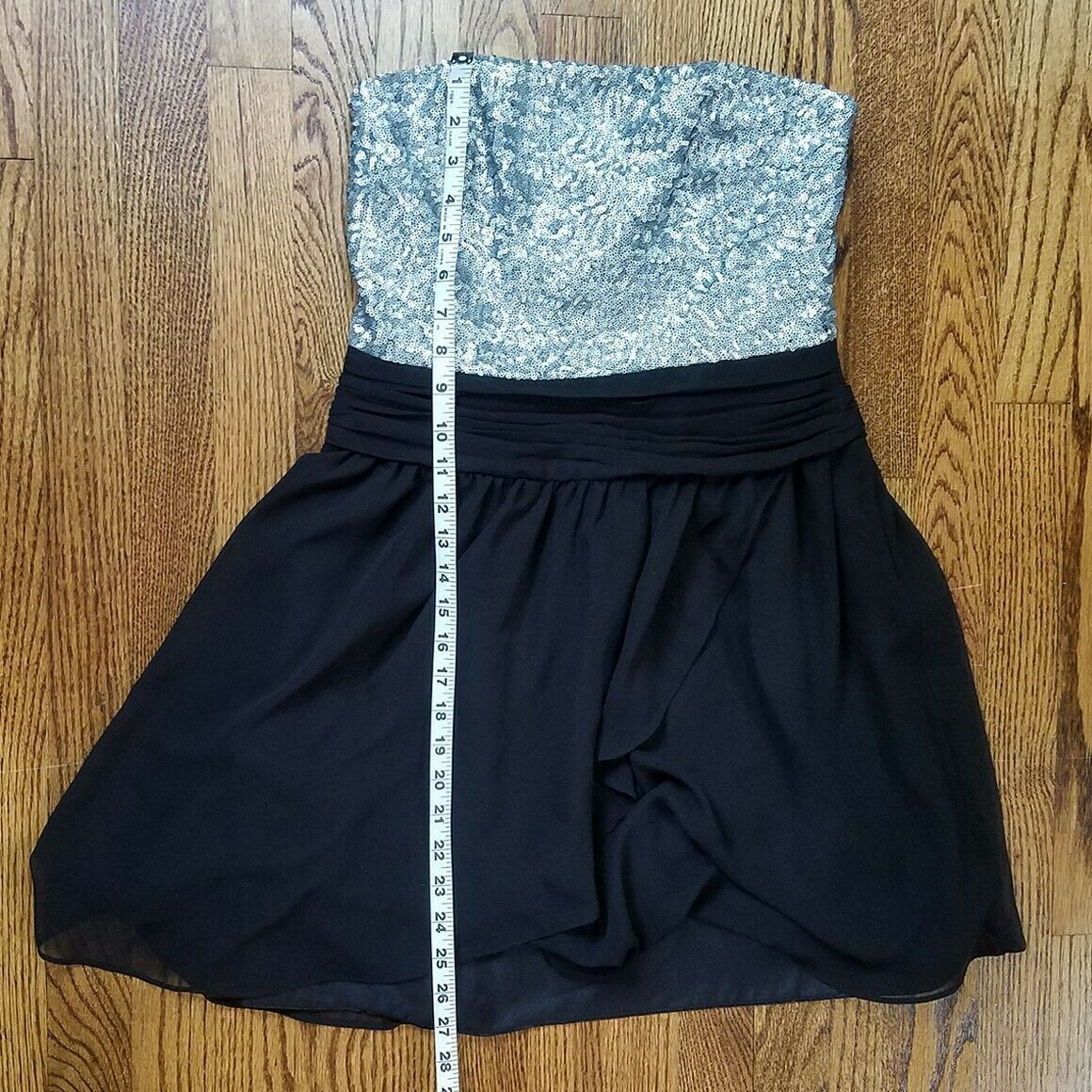 Express Silver & Black Sequin Strapless Cocktail Dress Size 6 image 7