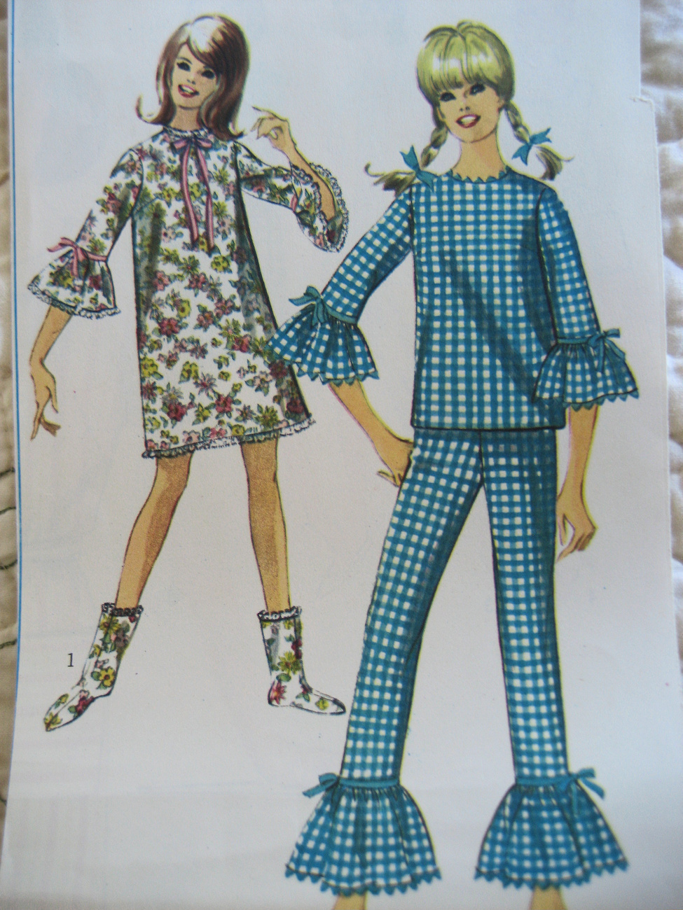 Primary image for  Simplicity 6797 Vintage 60s Pattern Junior 13 Sleepwear Sippers Bells