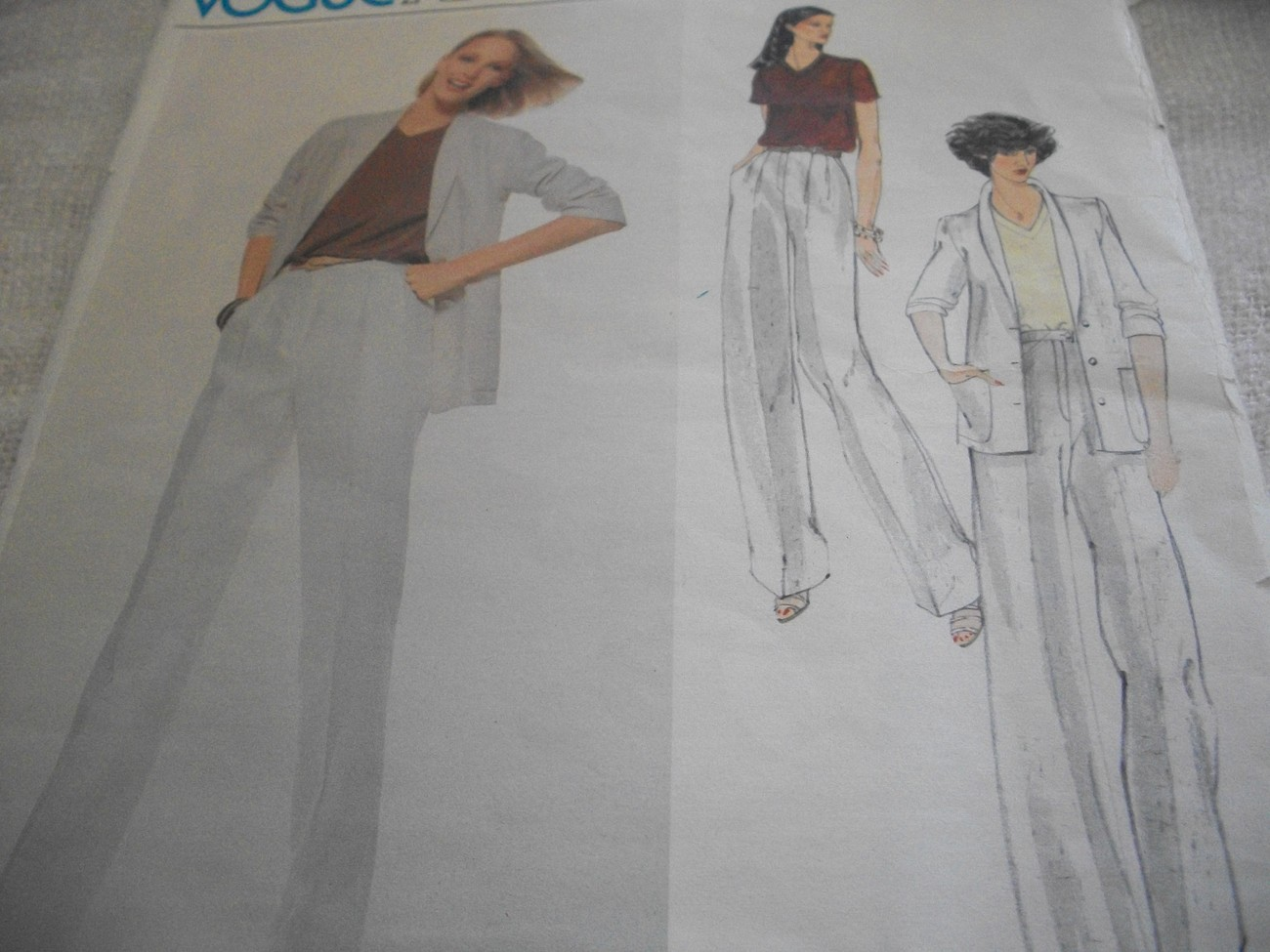 Primary image for Vogue Calvin Klein Misses' Jacket, Blouse & Pants Pattern 1885