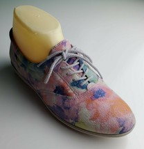 Colorful Easy Spirit floral lace up sneakers size 7 B - $30.54 CAD